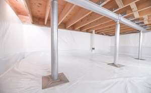 Crawl space structural support jacks installed in Lexington